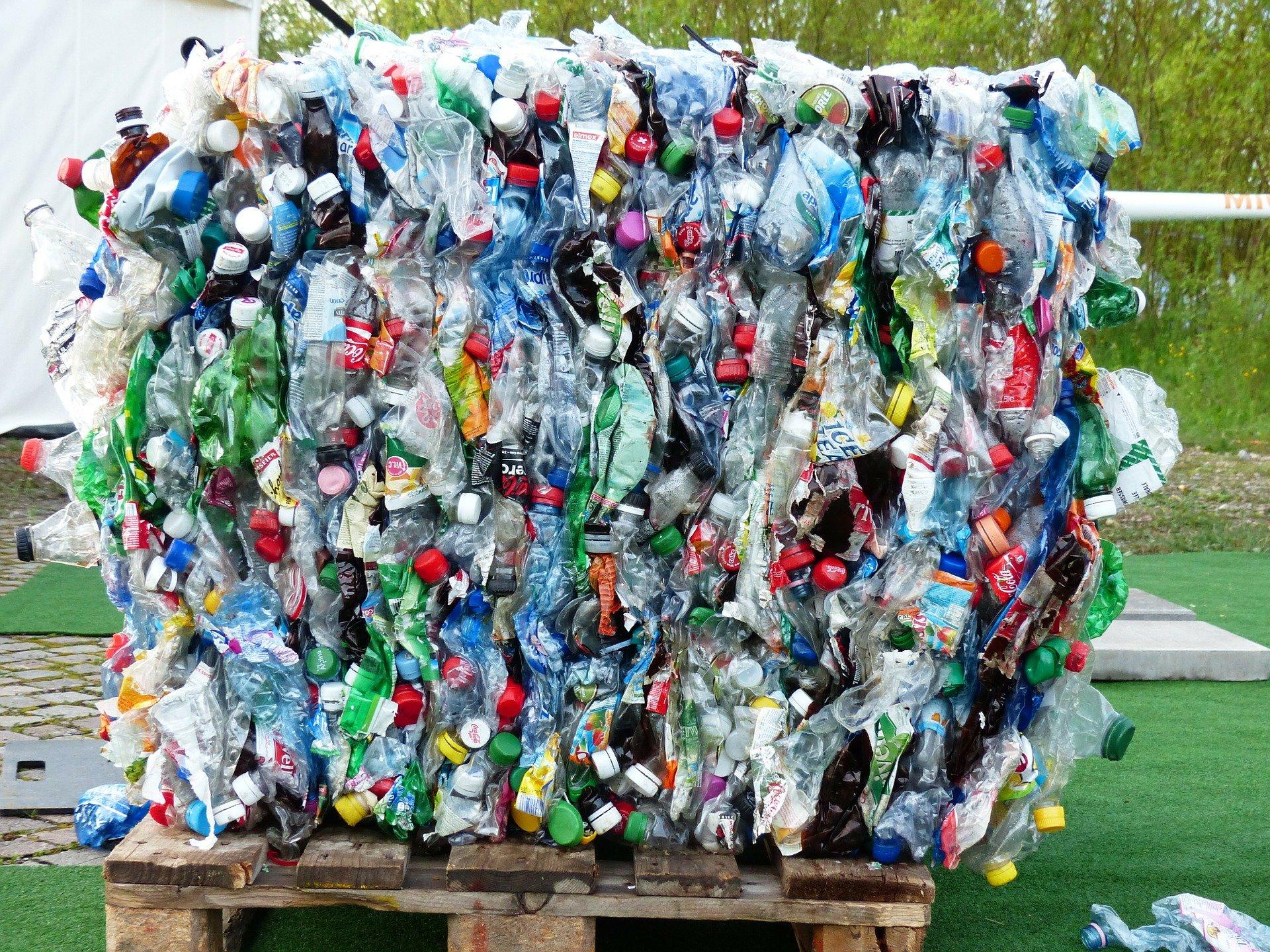 """Richtlinie zur Förderung von Projekten zum Thema """"KI-Anwendungshub Kunststoffverpackungen – nachhaltige Kreislaufwirtschaft durch Künstliche Intelligenz"""" im Rahmen der KI-Strategie der Bundesregierung und der Strategie """"Forschung für Nachhaltigkeit (FONA)"""""""